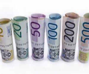 Wyprali 214 milionów złotych