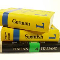 guidebooks-1425706-1600x1200-600x400